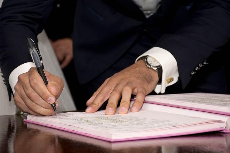 Брачный контракт: как учесть все плюсы и минусы и правильно составить договор