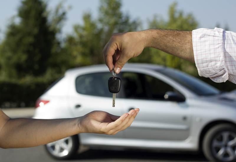 Кому достанется автомобиль при разводе: как по закону делится транспортное средство между супругами